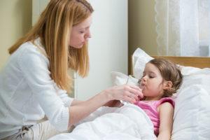 Ребенку год болит горло чем лечить